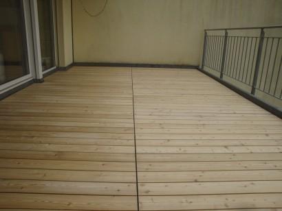 Terrassen und Böden